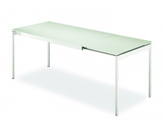 Proximo | Dining table | Urbinati