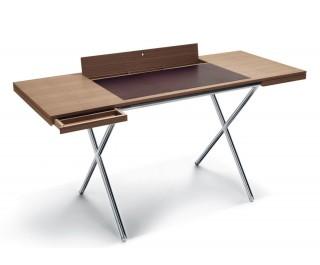 Novelist   Desk   Lema