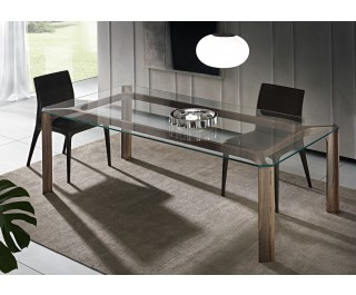 Young | Dining Table | Pacini & Cappellini