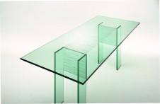 Trateggio dining table by Urbinati