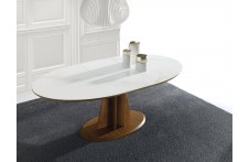 Alghero dining table by Ideal Sedia