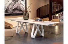 Butterfly dining table by Tonin Casa