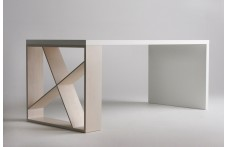 J-Table dining table by Horm
