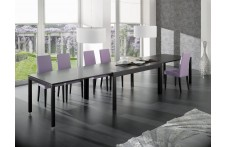 Kiev dining table by Ideal Sedia