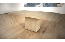 Tuscany dining table by Pratelli Stone